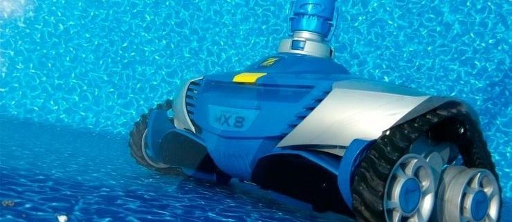 limpiafondos Expertos en venta de material de limpieza de piscinas en Cantabria con Red Piscinas