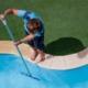 accesorios de piscina basicos para limpieza y mantenimiento